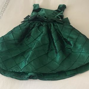 Other - Girls green holiday dress